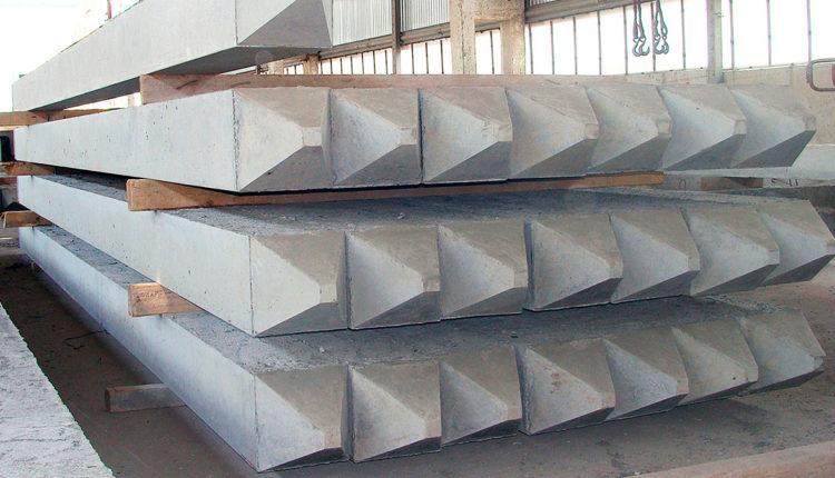 Железобетонные изделия на складе